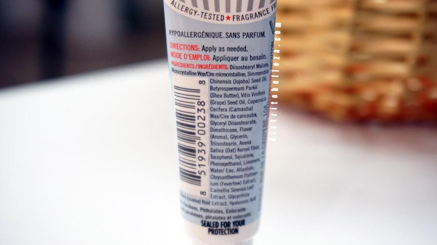 Bálsamo de labios First Aid Beauty ingredientes
