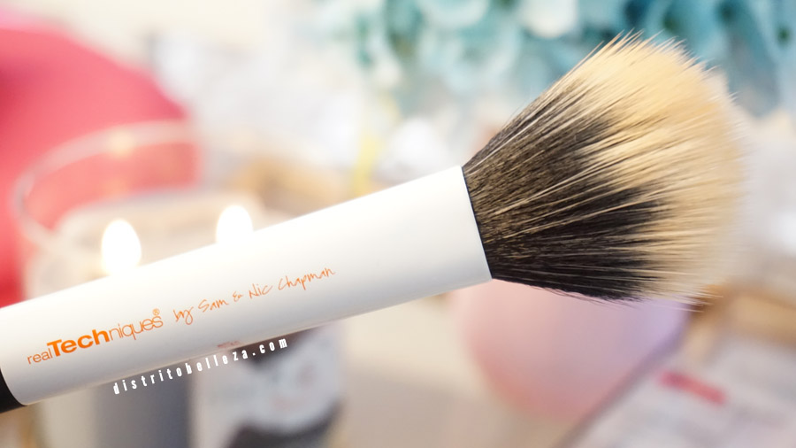 Brochas Real Techniques duo fiber face brush