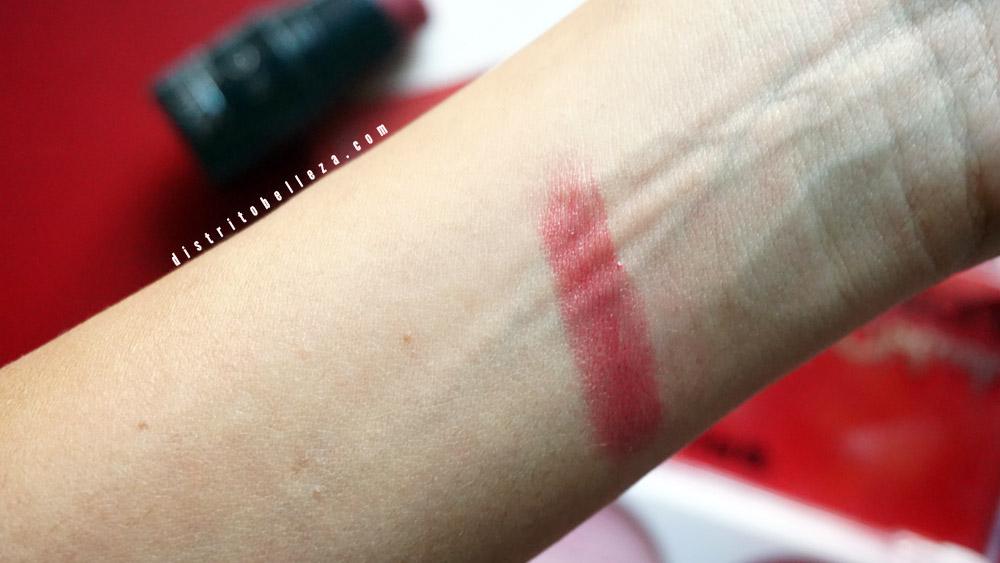 Color del año 2015 Marsala avon lips and cheek