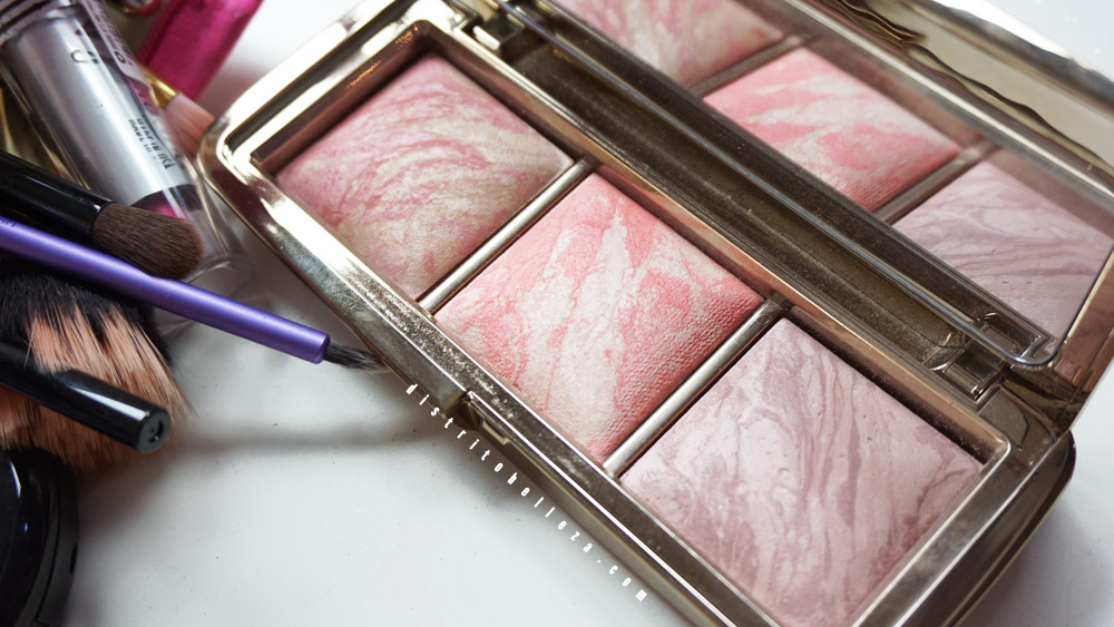 Rubores Hourglass Ambient Lighting blush palette distrito belleza