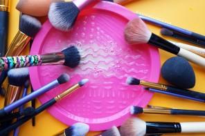 Limpieza de brochas para maquillaje distrito belleza