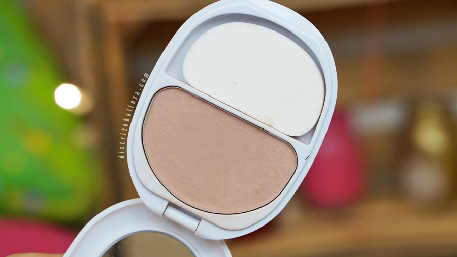 Base Covergirl Ready set gorgeous polvo