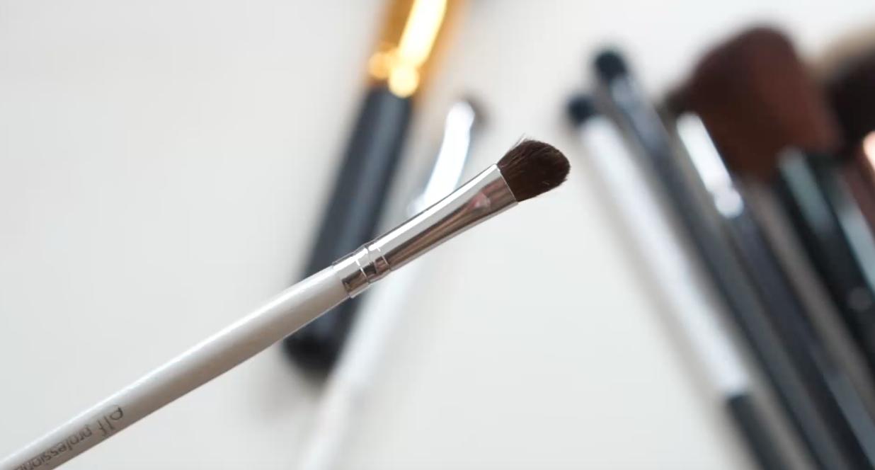 Brochas para maquillaje económicas por menos de 100 pesos elf ojos